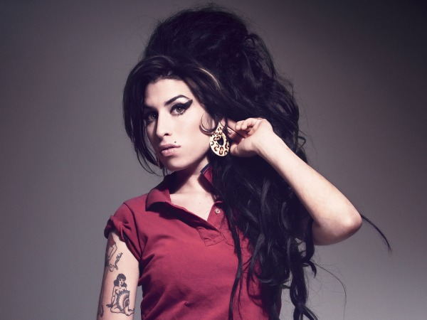 Amy-Winehouse-halloween-fantasia-palpitai